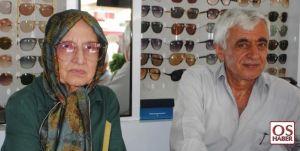 """66 Yıllık Gözlükçü """"Zekiye Anne"""""""